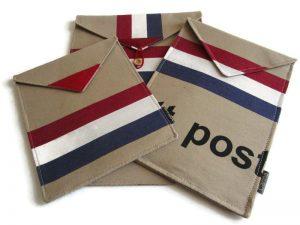 tablet hoezen van PTT Postzakkenstof